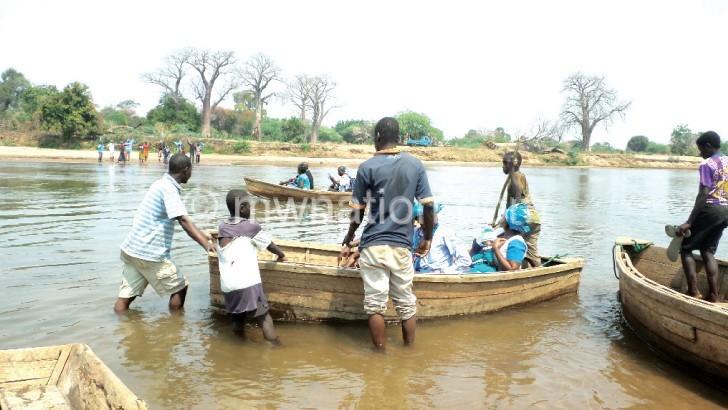 Cries of Makhanga 'islanders'