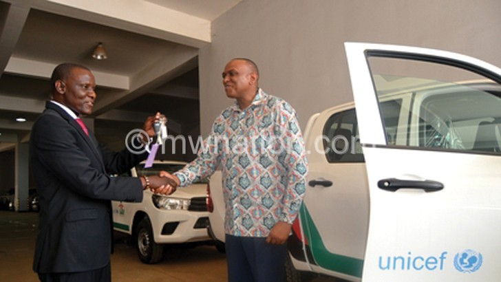 Unicef donates five vehicles to Labour Ministry