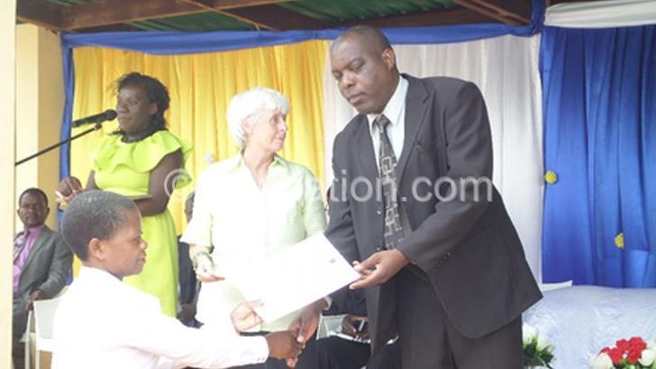 Teachers urged to plan  on entrepreneurship