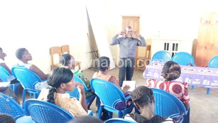 KU women against regionalistic politics