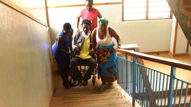 KCH lift breakdown  causes patients extra pain