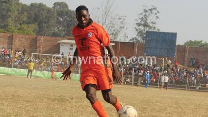 Nomads settle left-back Sambani's loan fee