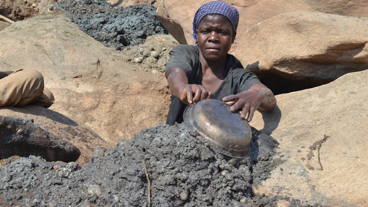 Small-scale gold mining: tales from the field