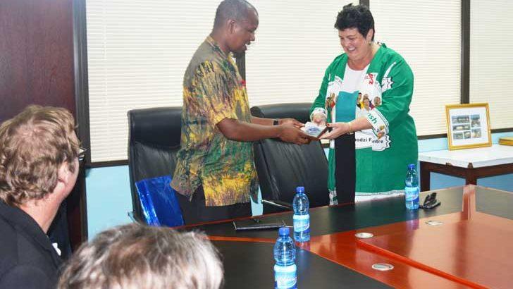 CoM courts US ambassador on hostel project