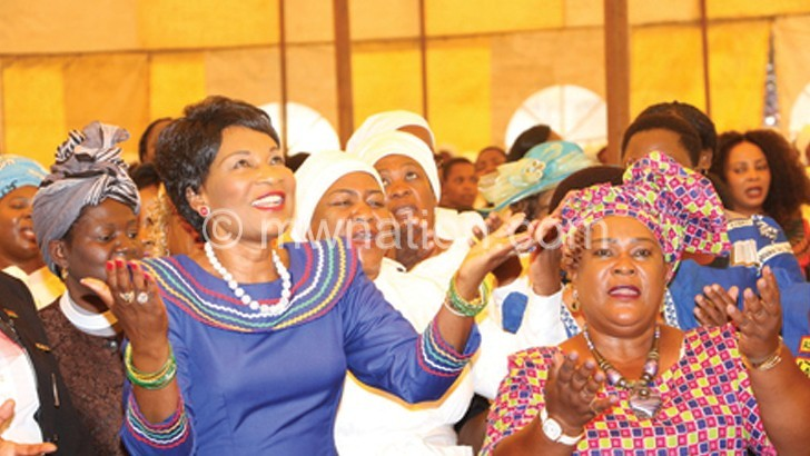 First Lady prays with women at Sanjika