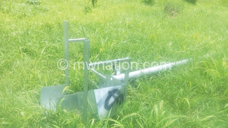 Thugs vandalise Ntcheu DHO security lights