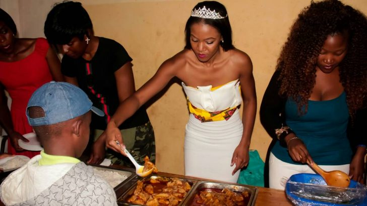 Miss Malawi celebrates birthday with refugees