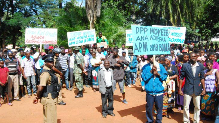 DPP followers march against Kalindo