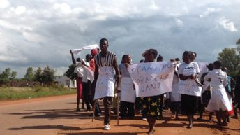 Nkhotakota youths want leader out