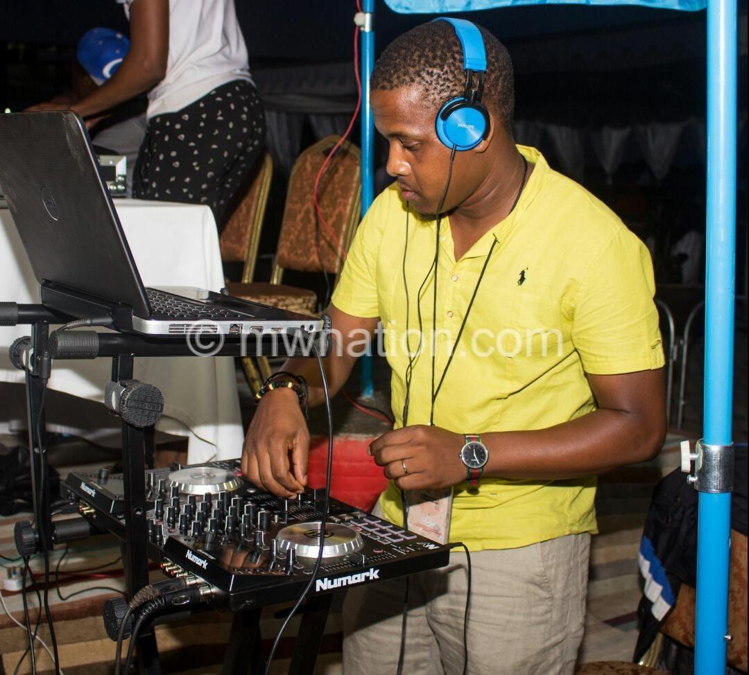 DJ wayne | The Nation Online
