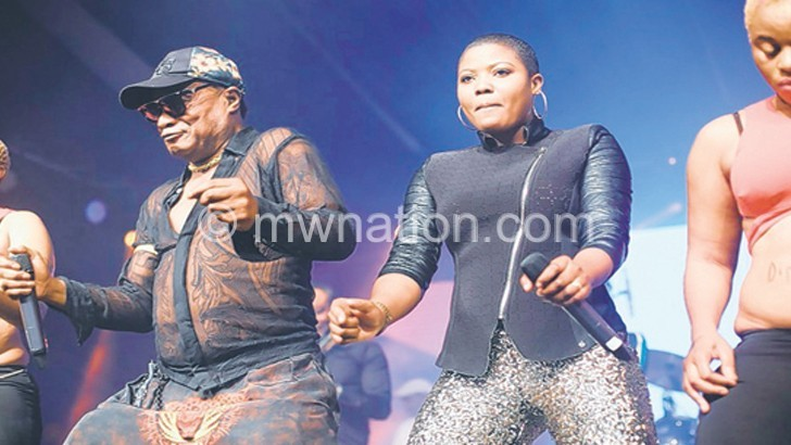 Koffi Olomide wanted by Zambia, France