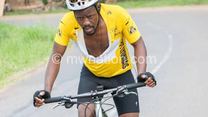 Kambewa cycles from BT  to LL for Mother's Fun Run