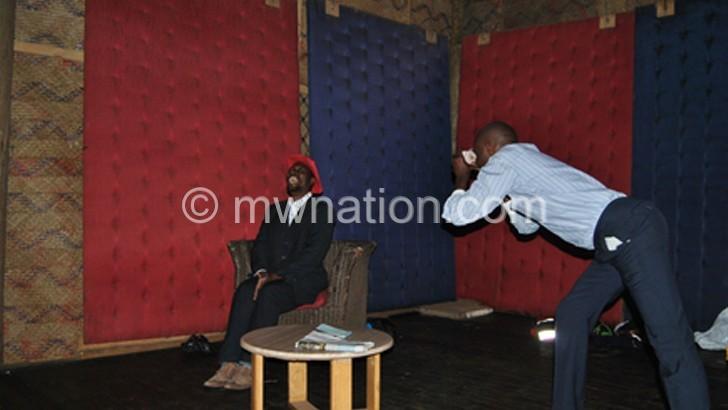 Mzumara, Chisiza impress with 'Sizwe Bansi is Dead'