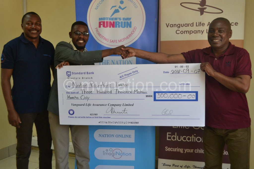Mwakikunga gives Kambewa K300000 for NPL | The Nation Online
