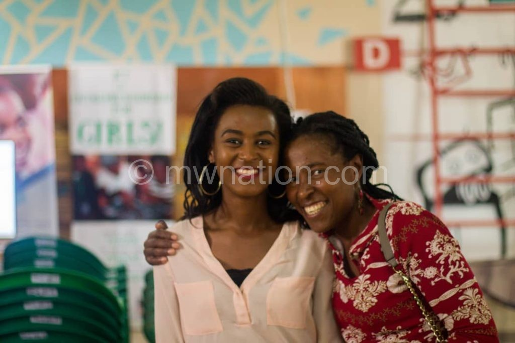 Deliwe with her mother | The Nation Online