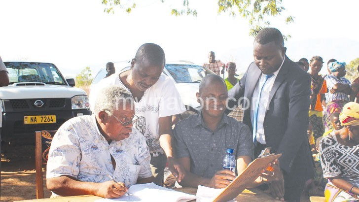 Oxfam sets customary land committees in phalombe