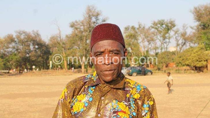 Salima community demands court