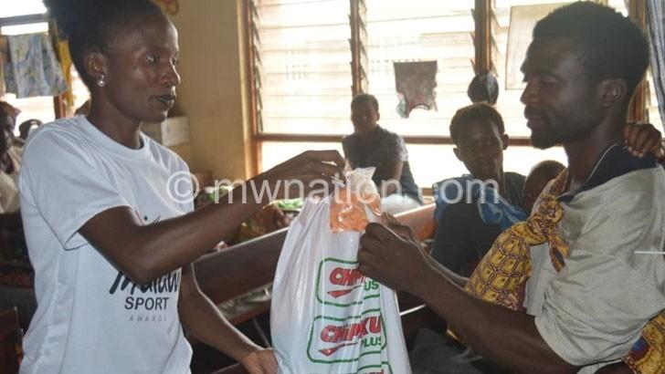 Council, Kwimbira cheer patients at Zomba Hospital