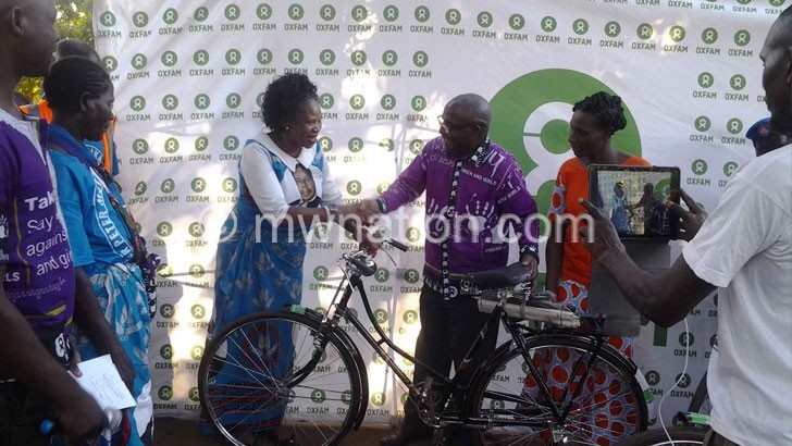Oxfam supports sitting female MPs
