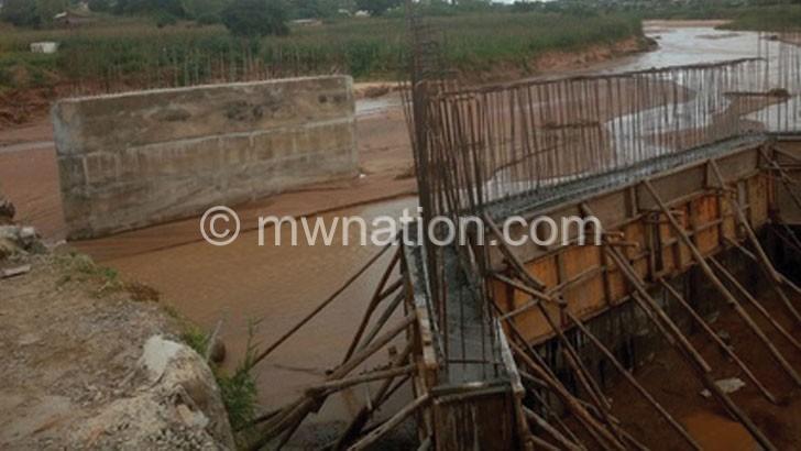 Works on Mzimba bridge stall