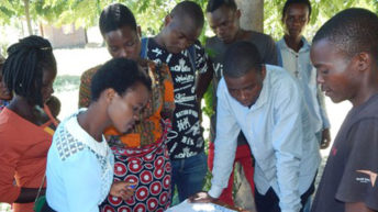 Mangochi youths challenge  chiefs to end child marriages