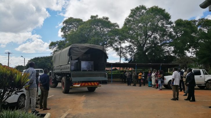 Parties 'shun'ballots arrival