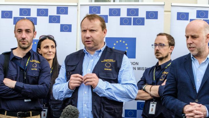 EU deploys 32 short-term observers