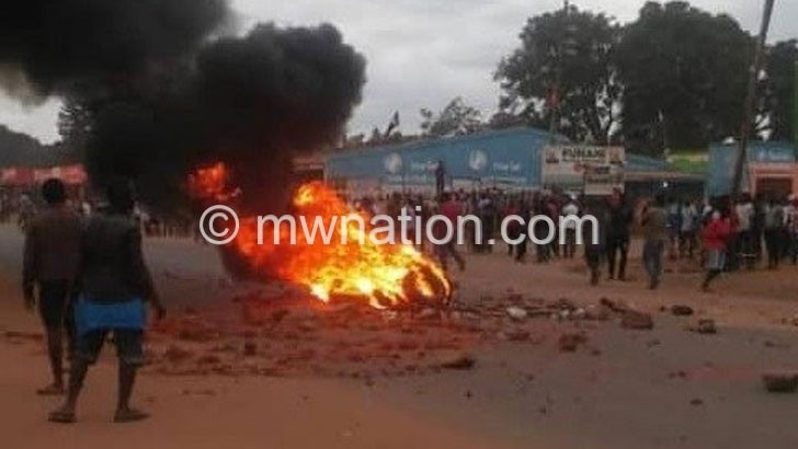 Lilongwe schools close as violence continues