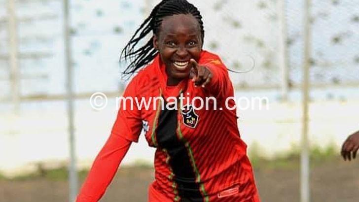 Skippers demolish Functured  34-0 in FAM Women's League