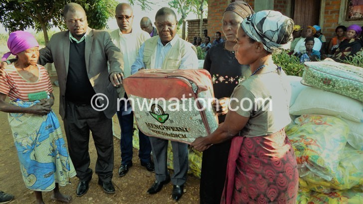 Dodma donates food to family of 9 accident victims