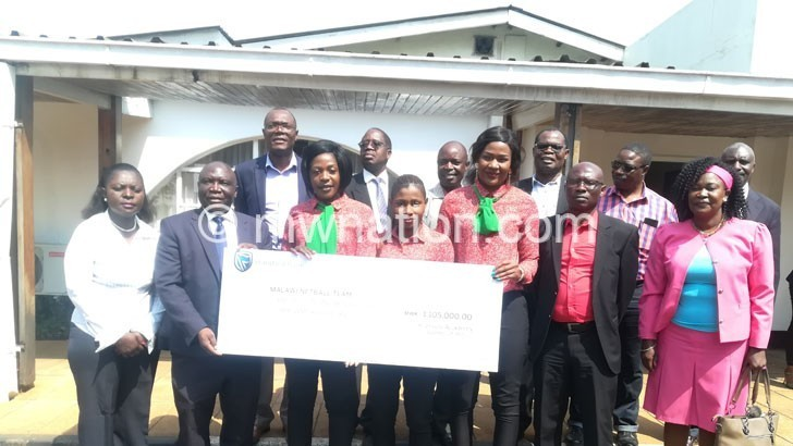Kamuzu Academy alumni donate K1.1m to Queens