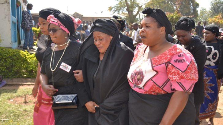 Ngolongoliwa laid to rest