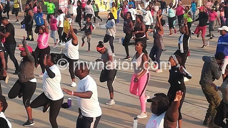 NPL hails LL residents' Mothers Fun Run support