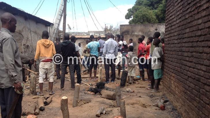 Fire razes Mkaika Market stalls