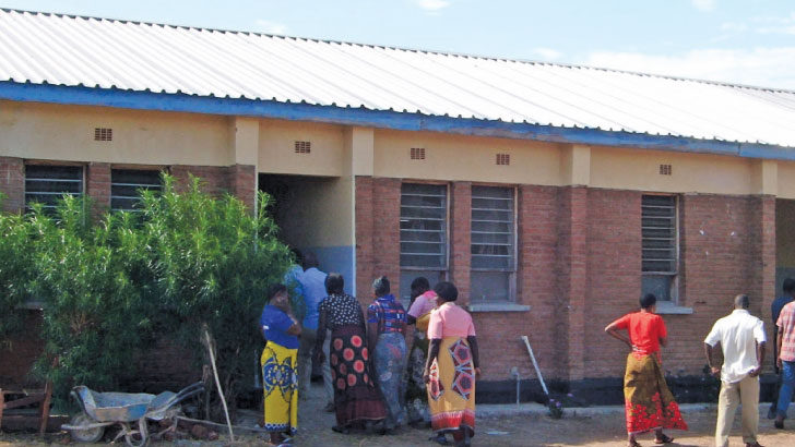 Delay to build maternity wing irks communities