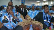 Mutharika asosola nthenga atsogoleri